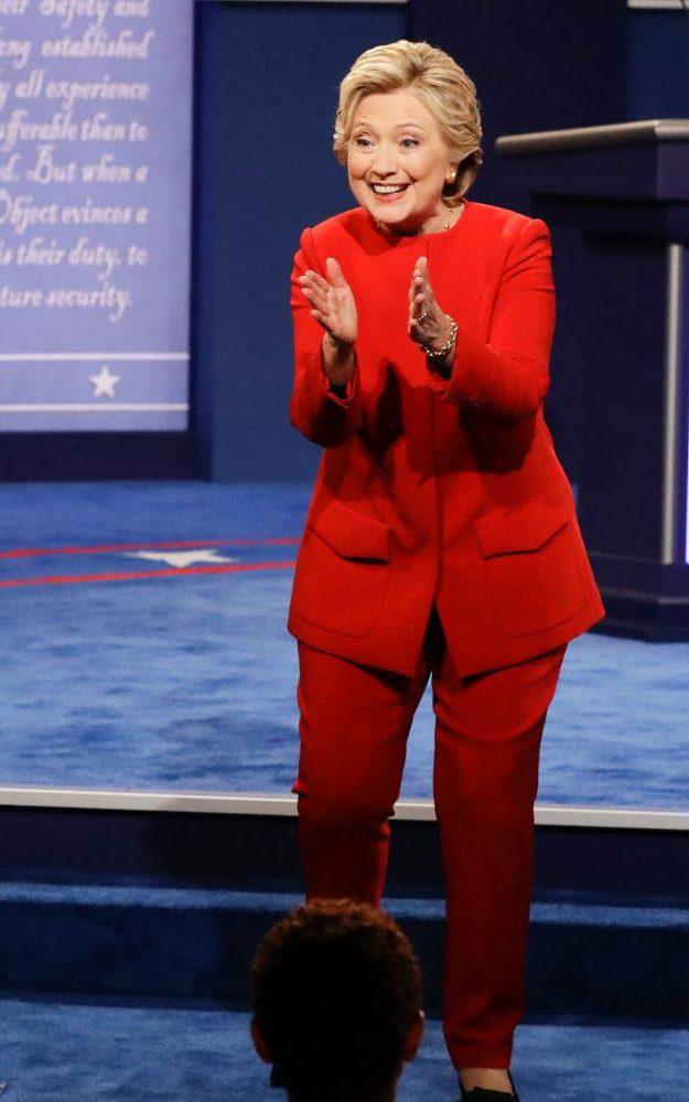 democratic_presidential_nominee_hillary_clinton_applauds_as_she_greets_supporters_after_th-xxlarge_trans6s-d0dylj2l072eusibywwruangfolqtgawfd1w-occ